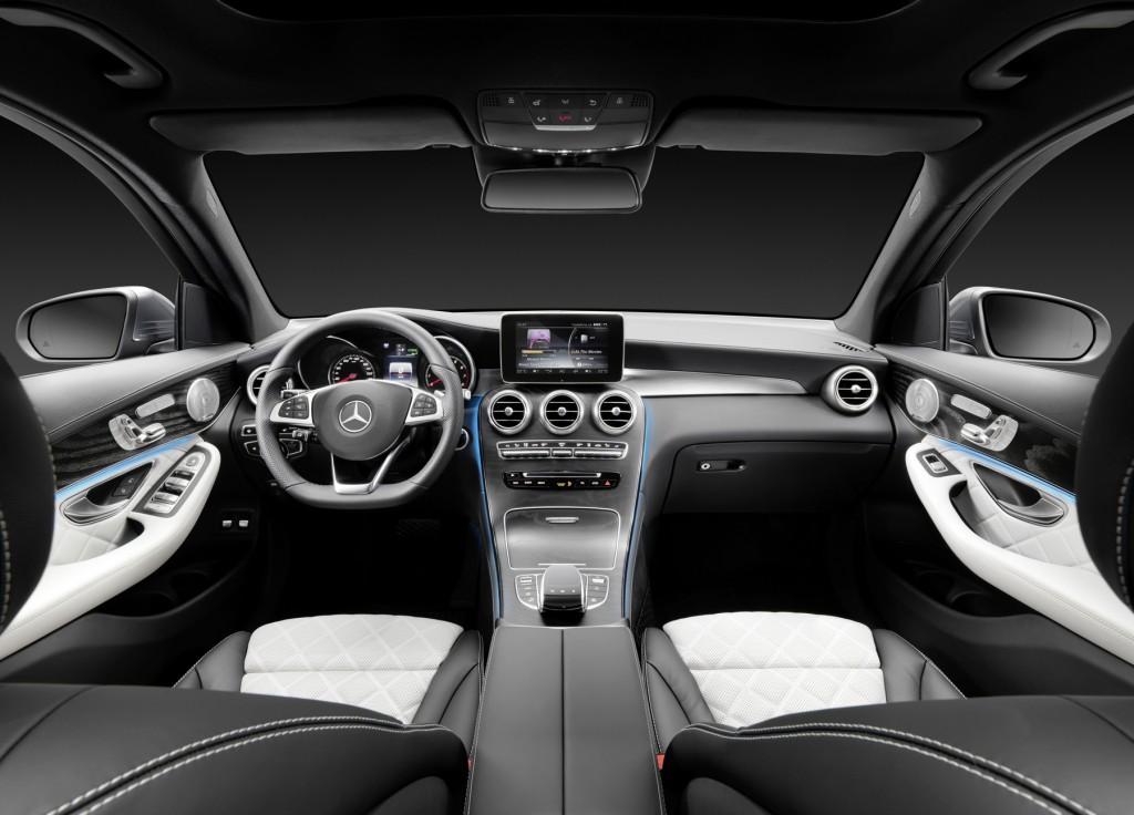 Mercedes-Benz GLC 350e 4MATIC, EDITION 1, Designo Leder Nappa Platinweiß Interieur Mercedes-Benz GLC 350 e 4MATIC, EDITION 1, Designo, Platinum White Interior