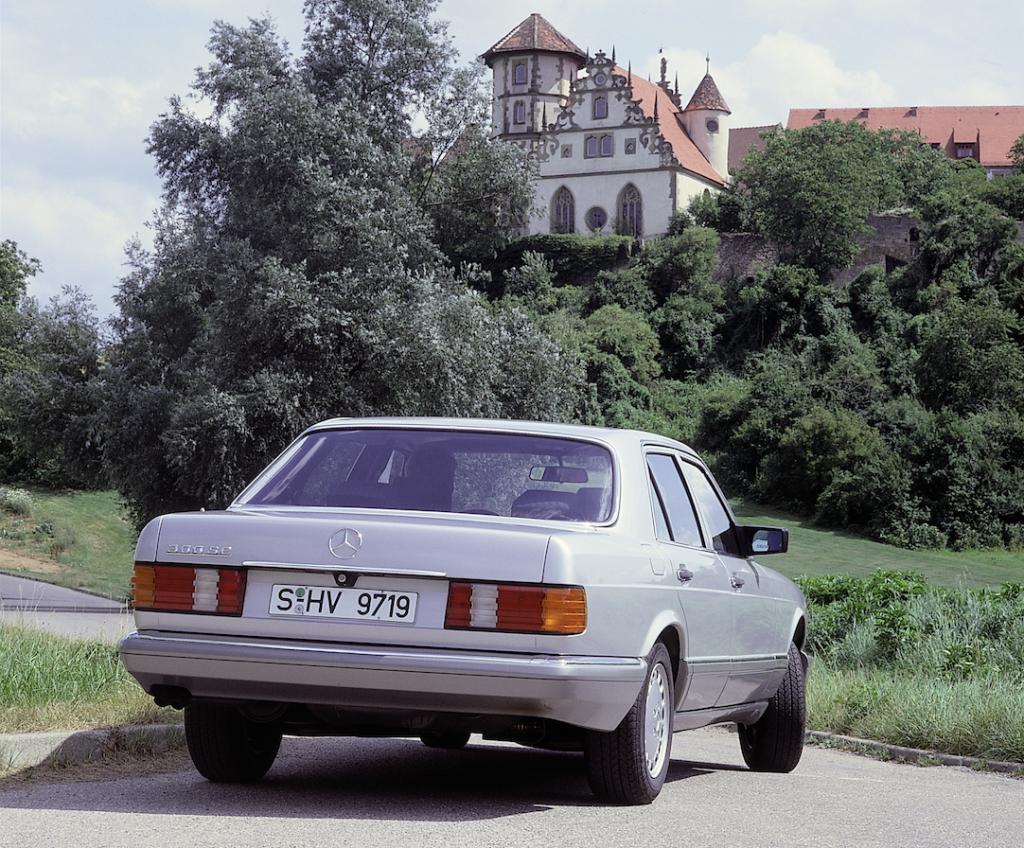 W126_300SE_1985_2